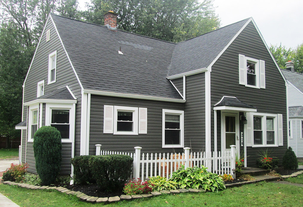 perfect siding installation by Buzz Home Pros